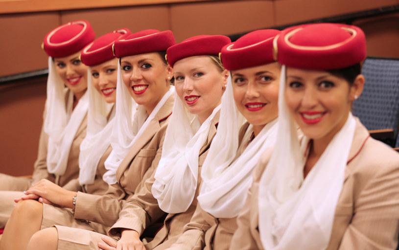 Wymagania, jakie linie lotnicze Emirates stawiają stewardesom, wzbudzają coraz większe kontrowersje /123RF/PICSEL