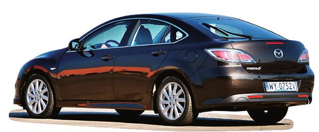 WYMIARY: dł.: 474 cm, szer.: 180 cm, wys.: 144 cm, rozstaw osi: 237 cm, pojemność bagażnika: 520-1750 l /Motor