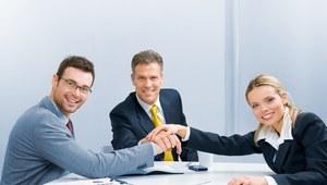 Wynagrodzenia w firmach o różnej wielkości zatrudnienia w 2013 roku