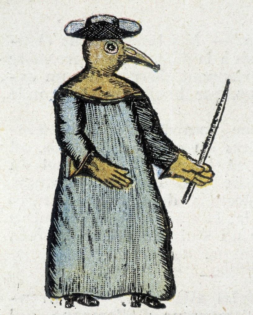 Wynalazcą maski był francuski lekarz, Charles de Lorme /East News