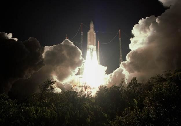 Wyniesienie w kosmos satelity Anik F2 /AFP