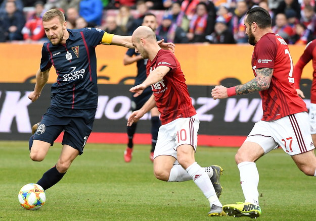 Wynik meczu: Wisła Kraków - Pogoń Szczecin 2:3 /Jacek Bednarczyk   /PAP