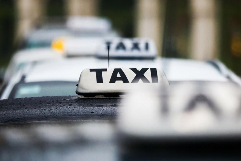 Wyniki kontroli taksówek są zatrważające /Beata Zawrzel /Reporter