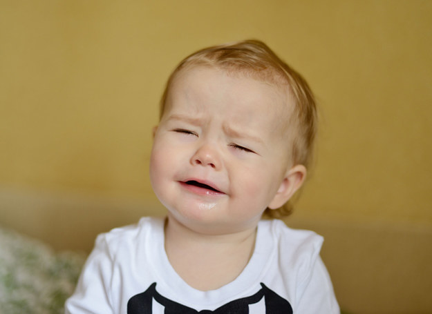 wynosi ryzyko wystąpienia uczulenia u dziecka w sytuacji, jeżeli alergikiem jest jedno z rodziców. /123RF/PICSEL