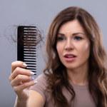 Wypadanie włosów: Kiedy świadczy o chorobie?
