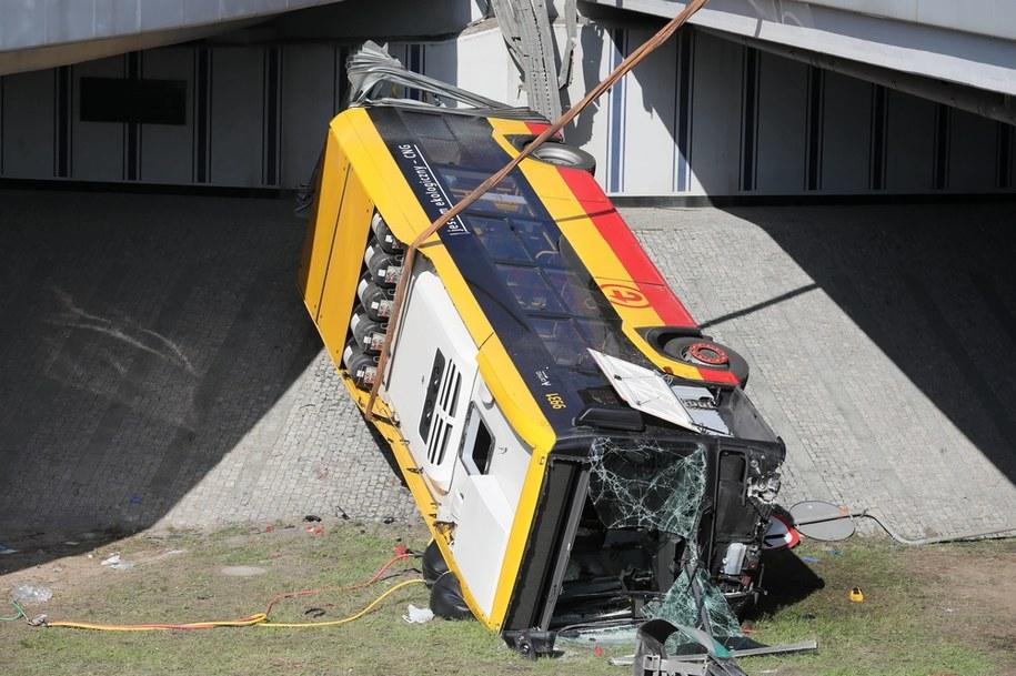 Wypadek autobusu miejskiego na trasie S8, 25 czerwca 2020 /Paweł Supernak /PAP