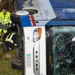 Wypadek autobusu szkolnego. Nie żyje dwoje dzieci