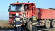 Wypadek autobusu z uczniami. Kierowcy ciężarówki grozi osiem lat więzienia