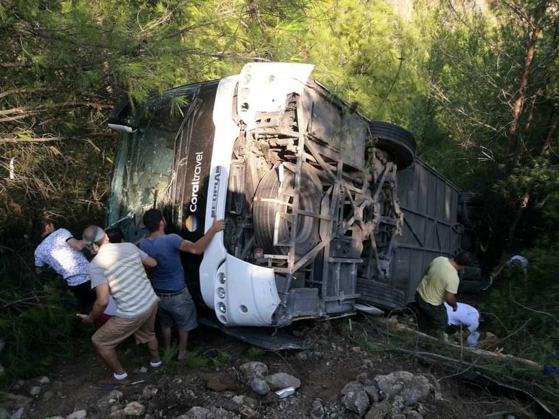 Wypadek autokaru w Turcji /PAP/EPA