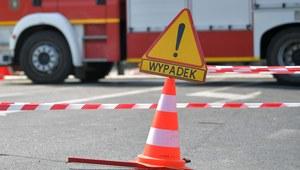 Wypadek dwóch busów i osobówki. Siedem osób rannych