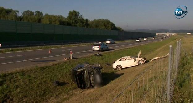 Wypadek miał miejsce na trasie S8 w kierunku Wrocławia /TVN24.pl