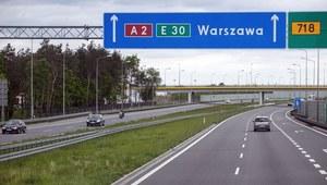Wypadek na A2 w stronę Warszawy. Koń wbiegł na jezdnię i połamał nogi