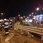 Wypadek na A4: Autobus wypadł z drogi. 5 osób zginęło, ponad 40 rannych