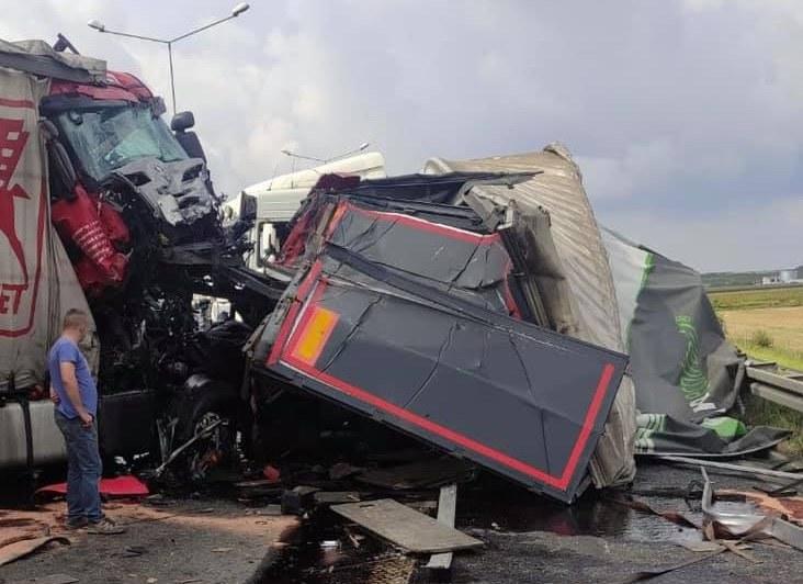 Wypadek na A4 /KWP Katowice /materiały prasowe