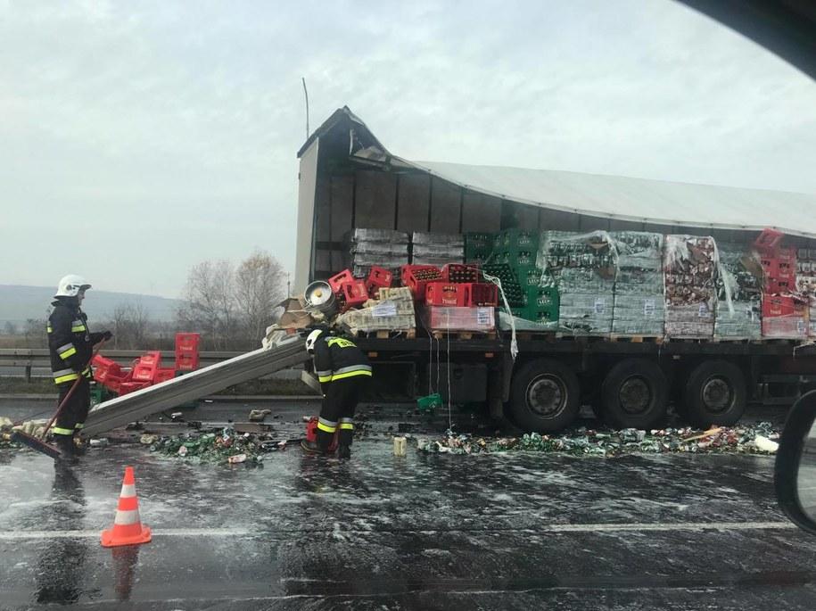 Wypadek na DK1. Zdjęcie z miejsca zdarzenia /Gorąca Linia RMF FM