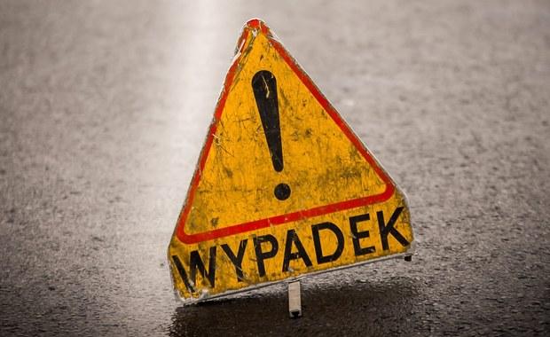 Wypadek na drodze koło Żukowa. Nie żyją 2 osoby
