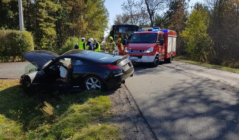 Wypadek na drodze między miejscowościami Władysławów a Miedźno /OSP Miedźno /facebook.com