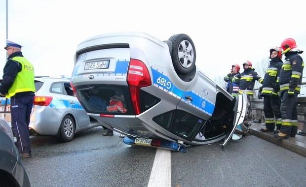 Wypadek radiowozu w Katowicach. Eskortował delegację Botswany