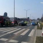 Wypadek w Żorach: Dwoje 17-latków potrąconych na pasach