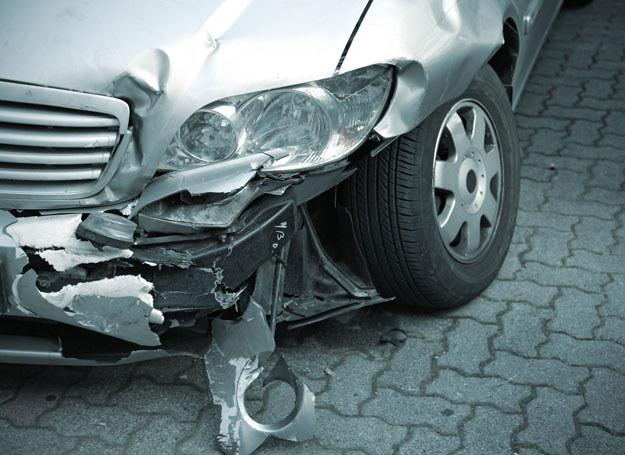 Wypadek wyglądał groźnie/ Zdjęcie ilustracyjne /123/RF PICSEL