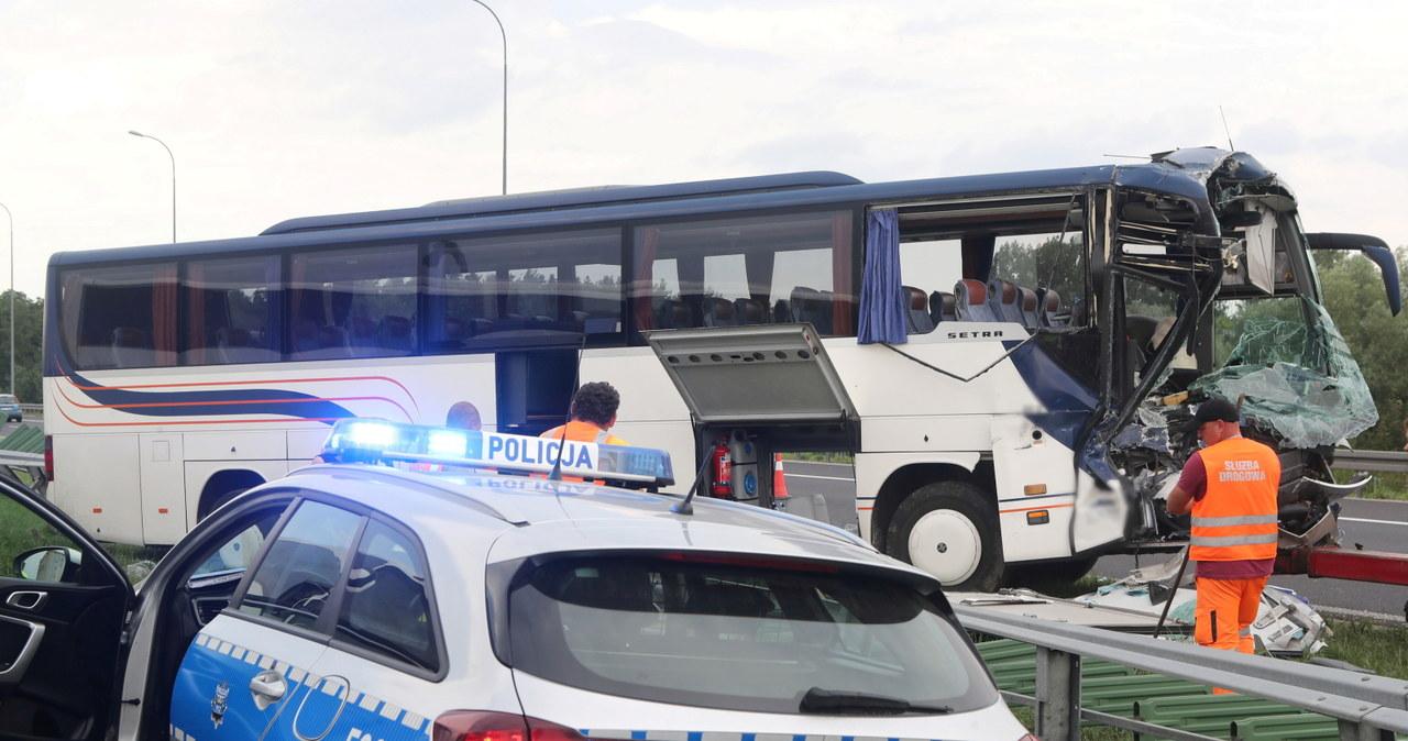 Wypadek z udziałem autokaru na A1