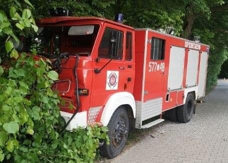 Wypadek z udziałem dwóch wozów strażackich /KPP Płońsk /materiał zewnętrzny