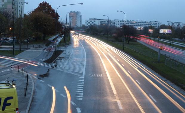 Wypadki, korki i utrudnienia w ruchu. Specjalne wydania serwisów drogowych od 06:30!