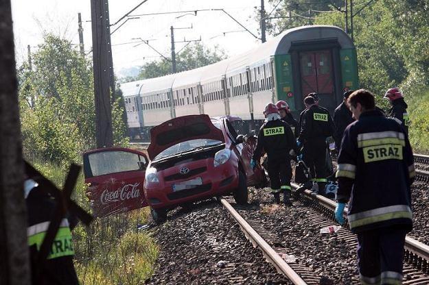 Wypadki na przejazdach kończą się tragicznie /PAP