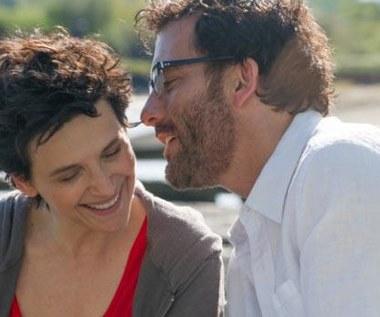 """""""Wypisz, wymaluj... miłość"""": Binoche i Owen zakochani [zwiastun]"""