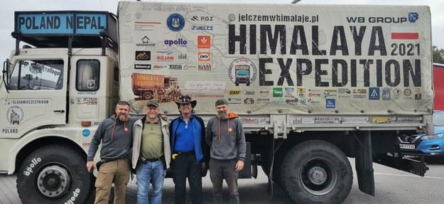 """Wyprawa """"Jelczem w Himalaje"""" pokonała 10 000 km w 36 dni i powróciła do kraju /Krzysztof Nepelski /RMF FM"""