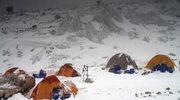 Wyprawa na K2: Kaczkan i Urubko idą w kierunku obozu trzeciego