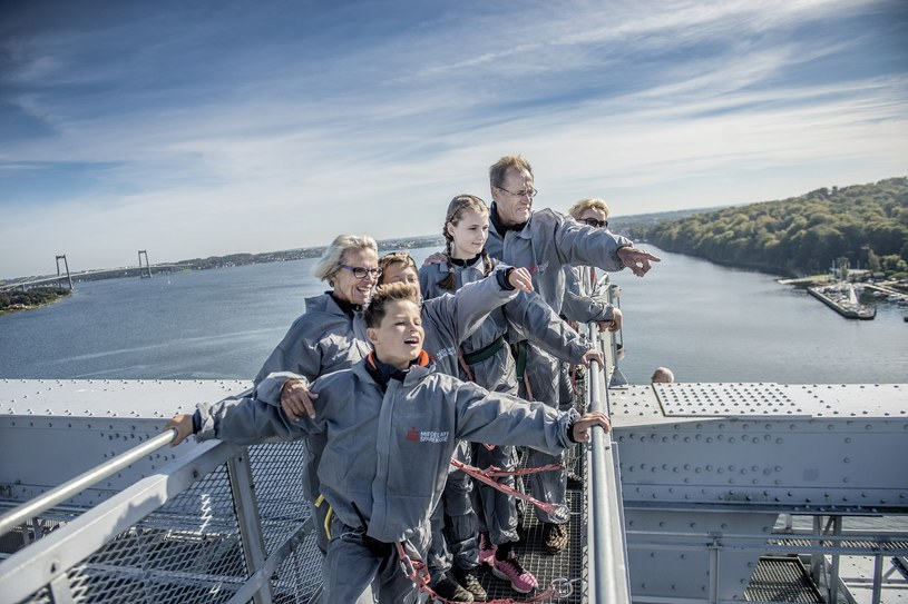 Wyprawa na szczyt mostu /materiały prasowe