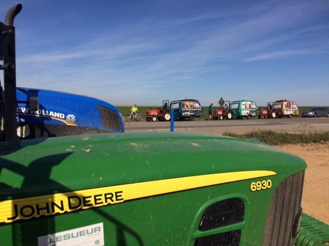 Wyprawa na traktorkach /INTERIA.PL