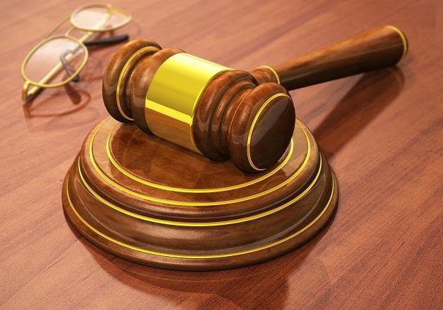 Wyrok sądu w sprawie RMF kontra Krajowa Rada Radiofonii i Telewizji /©123RF/PICSEL