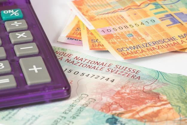 Wyroki sądowe ws. kredytów frankowych mocno uderzą w banki? /©123RF/PICSEL