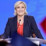 Wyrównany sondaż we Francji. Marine Le Pen dostrzegła swoją szansę?