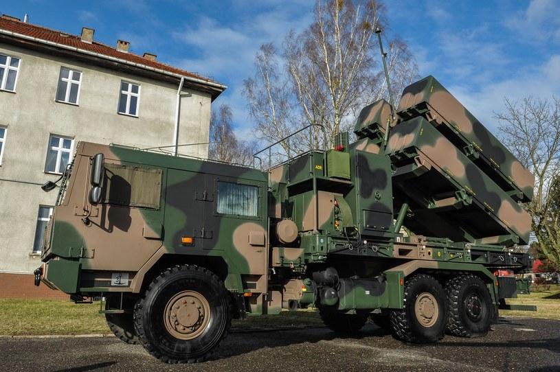 Wyrzutnia rakiet na ciężarówce Jelcz /Gerard /Reporter