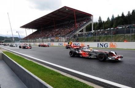 Wyścig na torze Spa-Francorchamps. /AFP
