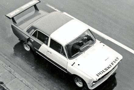 """Wyścigowy Fiat 125p / Kliknij /tygodnik """"Motor"""""""