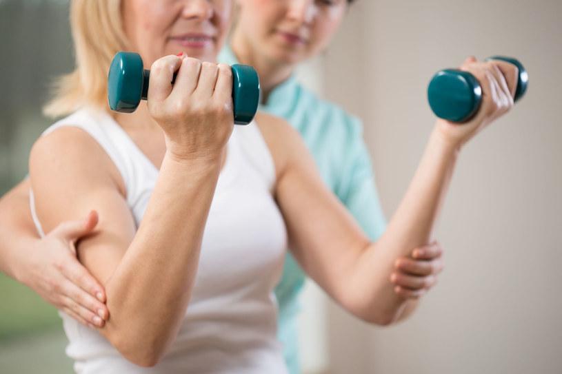 Wysiłek fizyczny może hamować wzrost komórek nowotworowych /123RF/PICSEL
