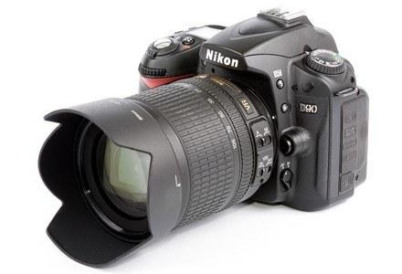 Wysłużony D80 doczekał się następcy. Oto Nikon D90 /materiały prasowe