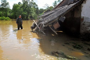 Wysokie ryzyko epidemii po powodziach