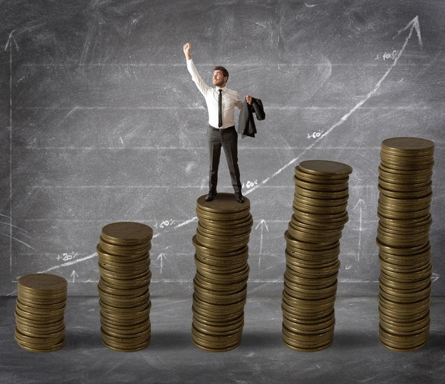Wysokość odpraw przy utracie pracy: przy zwolnieniach grupowych do 25 tys. zł, dla menedżerów firm państwowych do 72 tys. zł /123RF/PICSEL