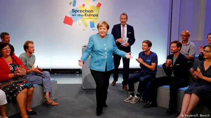 Wysokość zasiłków dla dzieci, które mieszkają poza Niemcami, znów zajmuje niemiecką opinię publiczną /Deutsche Welle