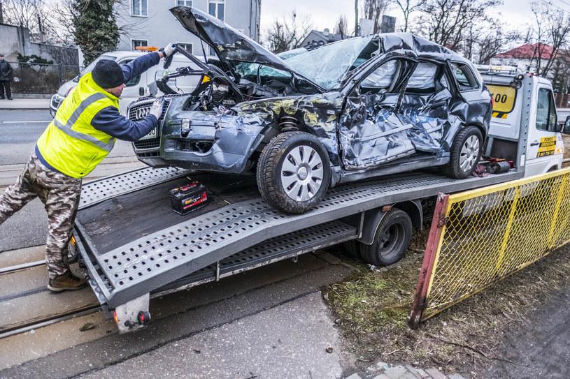 Wysokości odszkodowań wciąż rosną /Grzegorz Olkowski /East News