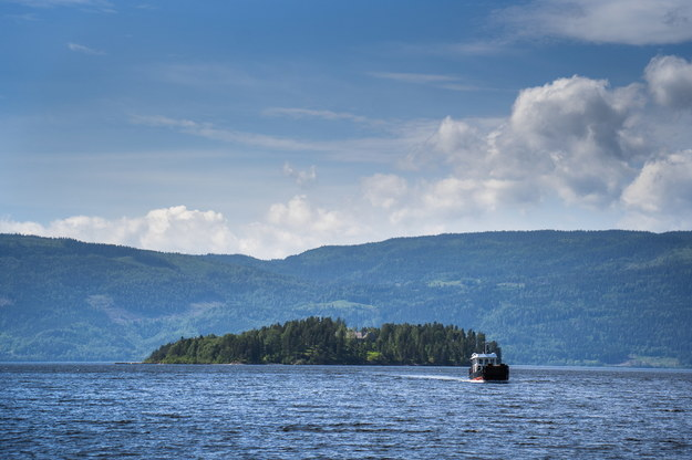 Wyspa Utoya na jeziorze Tyrifjorden /Hakon Mosvold Larsen /PAP/EPA