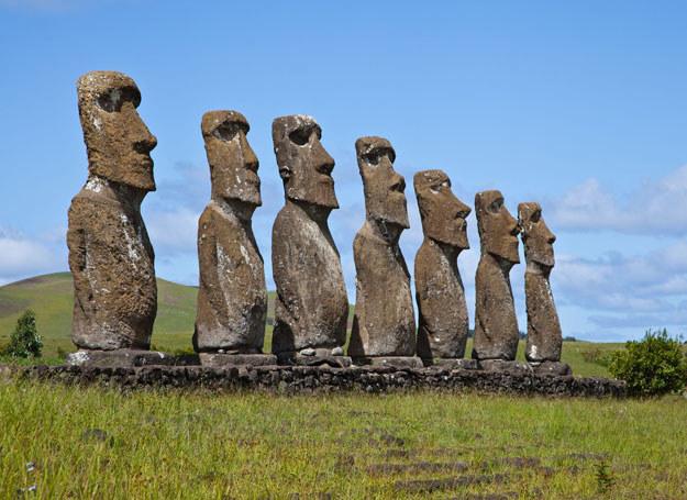 Wyspa Wielkanocna, znana na całym świecie dzięki posągom moai /123RF/PICSEL