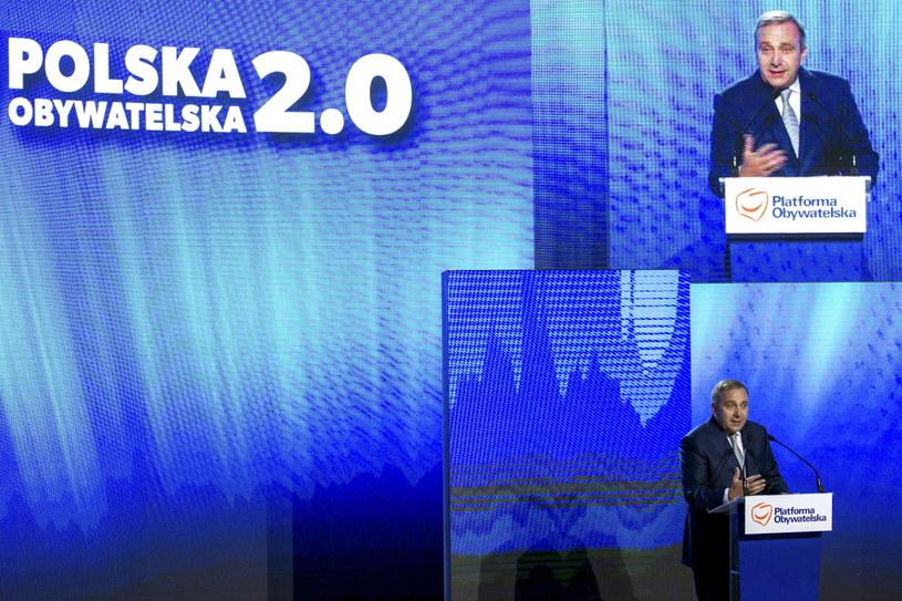 Wystąpienie lidera Platformy Obywatelskiej Grzegorza Schetyny podczas konwencji programowej PO /Aleksander Koźmiński /PAP