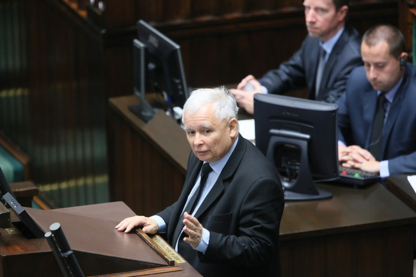 Wystąpienie prezesa Prawa i Sprawiedliwości Jarosława Kaczyńskiego podczas posiedzenia Sejmu /Leszek Szymański /PAP