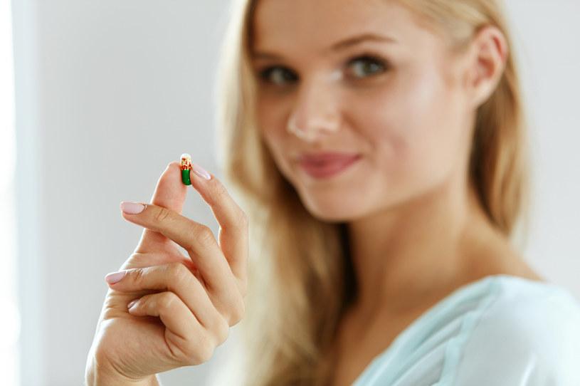 Wystarczy uważnie obserwować swój organizm, by w czas wychwycić groźne niedobory witamin! /123RF/PICSEL